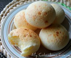 Pandebonos - Colombian cheese bread, I am soooo happy I found this recipe. You have to eat these until you feel downright guilty! Yum!
