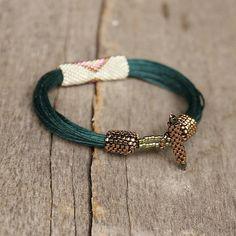Greeen tribal Armband ethnische Armband mit Perlen von Naryajewelry