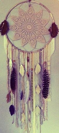 Dreamcatcher- make one Tiff using purples & dragonflies with the doily off center.