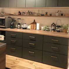 Pin on キッチン Diy Interior, Interior Design Kitchen, Interior Decorating, Kitchen Sets, Kitchen Decor, Kitchen Conversion, Narrow House, Home Renovation, Kitchen Cabinets