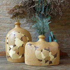 VÁZA(cena+za+2ks)+šamotová+hlína,větší+váza-výška+cca31cm..šířka+cca+25cm,,,+přiodebrání+obou+dvou+váz,,,+účtuji+jedno+poštovné,,,