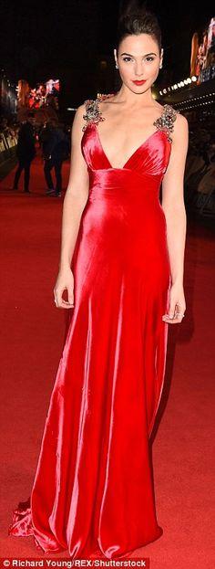 Gal Gadot in a beautiful red Prada custom gown at the Batman v Superman premiere in London (March 2016)