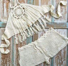 This fringe on this crochet halter top. 6068dda130e0eb2be2429bbcf8697c48.jpg 480×468 pixeles