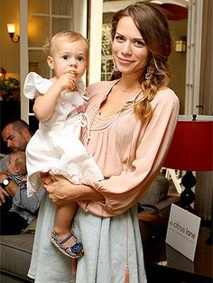 Bethany Joy Lenz and her baby girl Maria Rose! Sooo sweet:)