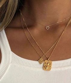 This contains an image of: {{ pinTitle }} Dainty Jewelry, Cute Jewelry, Gold Jewelry, Jewelery, Jewelry Accessories, Fashion Accessories, Beaded Jewelry, Fashion Jewelry, Gold Necklaces