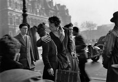 by Robert Doisnea. The Kiss from Hôtel de Ville. Paris, 1950.