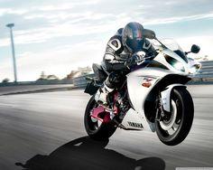 Yamaha YZF-R1 HD desktop wallpaper : Widescreen : High Definition