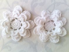 """Danke für die freundlichen Worte! ★★★★★ """"Thank you Barbara for the lovely crochet flowers, I will use them In my crafts, thank you also for the one sent with blue in it fast shipping I will definitely order from your shop again!"""" kjclarkson https://etsy.me/2M3tIjZ #ets"""