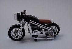 Lego Bots, Micro Lego, Block Head, Brick Loft, Lego Mecha, Lego Construction, Cool Lego Creations, Lego Photography, Lego Design