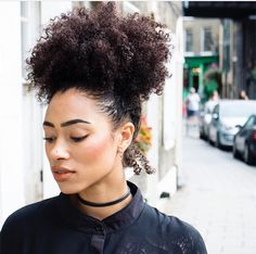 Hair: More Black Natural Hairstyles For Ink! (See Picture Pelo Natural, Natural Hair Tips, Natural Hair Styles, Afro Puff, Afro Curls, Natural Hair Inspiration, 4c Hair, Afro Hairstyles, Gray Hairstyles