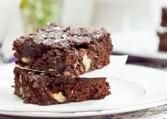 Gluten-Free, Vegan, and Oil-Free Walnut Chip Brownies