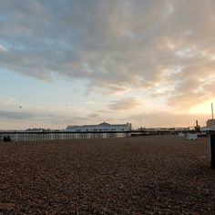 Friday night  John Travolta in Pulp Fiction  popcorn  Brighton beach  snuggled #inbedwithibis = best open air cinema ever. Too bad my battery died... . . . #sunset #lovegreatbritain #Brighton #cinema #PulpFiction #experiences #bloginvite #lovedit #seaside #BrightonBeach #travelingourplanet #ABMtravelbug #wanderlust #passionpassport #cntraveler #pastel #architecture #thehappynow #flashesofdelight #strangersinmyfeed #TravelwithFathom #fathominstatrip #travelblogger #mischief #latergram…