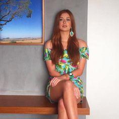 A atriz Marina Ruy Barbosa usa brinco Heloisa.   www.priacessorios.com.br