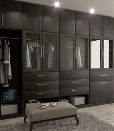 Гардеробная комната – бутик одежды, обуви и аксессуаров #гардеробнаякомната #шкафы #раздвижныедверикупе