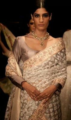 Manish Malhotra lace saree - love the muted colours.