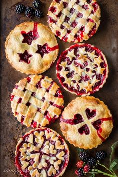 Blackberry Tarts ~ Garden to Table - juicy, ripe blackberries nestled in a buttery, flaky crust for an iconic, all American summer dessert. @savingdessert