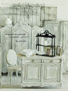 miniature * Napoleon III-style cabinet of image: natural color of life ~ handmade furniture