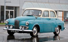 Humber Hawk - Post-Veteran classics on the 2009 London to Brighton Car Run Retro Cars, Vintage Cars, Antique Cars, Classic Motors, Classic Cars, 1950s Car, Veteran Car, Classic Mercedes, Vintage Classics