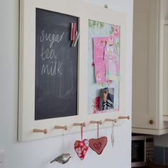 Vintage decorating ideas - 10 of the best Blackboards, Ideal Home, Kitchen Decor, Kitchen Ideas, Vintage Decor, Decorating Tips, New Homes, Good Things, Pin Boards