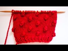 Alexis Winslow explains how to knit the Popcorn Stitch. The patterns mentioned in the video are the Zea Hat and Mitts, available for sale here: … - Popcorn Stitch Tutorial Knitting Videos, Crochet Videos, Knitting Stitches, Knitting Projects, Baby Knitting, Slip Stitch Crochet, Bobble Stitch, Knit Or Crochet, Garnstudio Drops