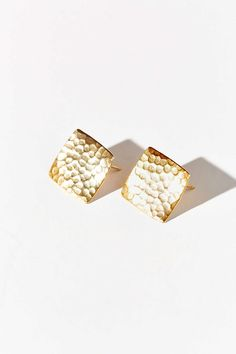 Diament Jewelry X Urban Renewal Hammered Square Stud Earring