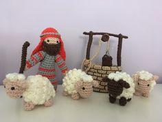 Christmas Nativity, Christmas Deco, Christmas Holidays, Christmas Crafts, Christmas Ornaments, Crochet Pig, Crochet Animals, Crochet Dolls, Christmas On A Budget