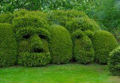 """Jardins de Sericourt topiaires """" les masques"""""""