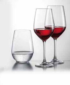 Tijdloze glazen in hoogwaardig Tritankristal, die op elke tafel tot hun recht komen. Vaatwasbestendig.