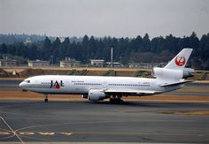 Japan Airlines McDonnell-Douglas DC-10-40I