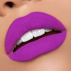 Purple lipstick is in again! If you wonder how to wear this color and wish to pick the perfect and trendy shade, check out our photo gallery.