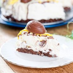 Silky smooth cheesecake with Cadbury Eggs in every bite. The most decadent no bake Easter dessert ever. Creme Egg Cheesecake, Cheesecake Desserts, Fun Desserts, Delicious Desserts, Dessert Recipes, Yummy Food, Easter Desserts, Yummy Recipes, Cadbury Creme Egg Recipes