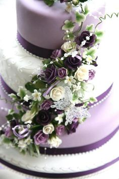 Purple flowers and bling cake | Cakes | Cake, Purple cakes ...