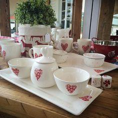 #therubyorchard Save Instagram Photos, Kitchenware, Tableware, Ranges, Ceramics, Ceramica, Dinnerware, Pottery, Tablewares