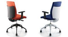 UPPER PANAMA presenta PIXEL. Silla operativa ideal para oficina.  Una gama completa de sillas con respaldo alto y bajo, mecanismo synchro o contacto permanente , ajuste lumbar, apoyabrazos fijos o ajustables. Disponible con la carcasa de polipropileno de color gris o blanco, el perfil del respaldo brillante o cromado, base y lama del respaldo pueden ser también en aluminio.