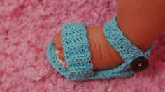 adorable-baby-sandal-crochet-pattern