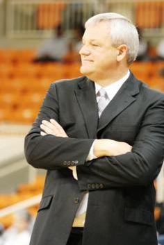 Our coach! Mercer Basketball, Mercer University, Bob, Suit Jacket, Jackets, Fashion, Down Jackets, Moda, La Mode