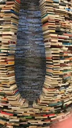 Cool Places To Visit, Places To Go, Cool Illusions, Wow Video, Satisfying Video, Book Nerd, Book Worms, Book Lovers, Happiness