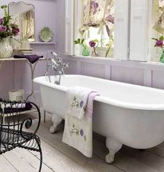 39 Delicate Home Décor Ideas With Lavender Color | DigsDigs