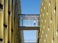 Автомобильная стоянка «de Cope» от JHK Architecten. Утрехт, Нидерланды.