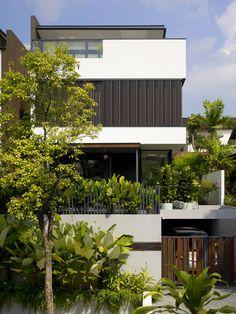 LIM HOUSE - TOPOS