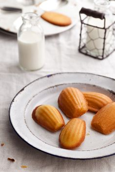 I haven't baked in a while, so it was time to give my kitchen mixer a good work out. I've bought these madeleine moulds for a few months, b...