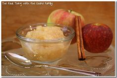 Love crockpot recipes! This crockpot applesauce is so delicious and it is easy too! It smells almost as good as it tastes.