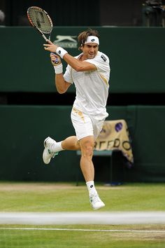David Ferrer Wimbledon 2012.  What is it about these Spanish men?