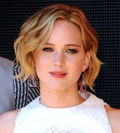 Cannes Film Festival 2014 Long and Loose Hairstyles: Jennifer Lawrence  #cannes2014 #shorthairstyles