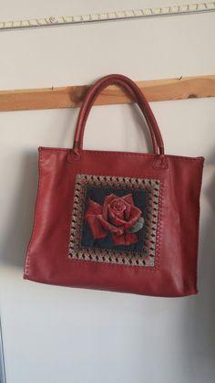 Leatherbag..handmade..tamamı el dikisi...goblen üzerine ,yorganlama yapılmıştır.