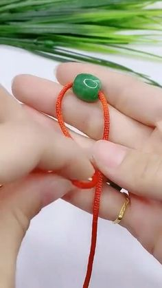 Diy Bracelets Patterns, Diy Friendship Bracelets Patterns, Diy Bracelets Easy, Jewelry Patterns, Handmade Bracelets, Handmade Jewelry, Jewelry Knots, Bead Jewellery, Beaded Jewelry