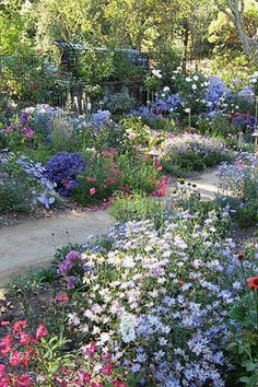 12 Creative Cottage Projects You Can Build To Add Beauty To Your Landscape   Cottage Gardenn Designs Design No. 12432   #gardening #landscaping