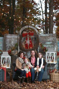Christmas Minis! » Kim Deloach Photography - beautiful Christmas photo backdrop