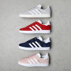 31 Ideas basket adidas gazelle originals for 2019 Adidas Gazelle Outfit, Adidas Gazelle Rouge, Adidas Gazelle Grey, Red Adidas Shoes, Adidas Shoes Women, Red Sneakers, Adidas Sneakers, Adidas Casual Shoes, Women's Vans