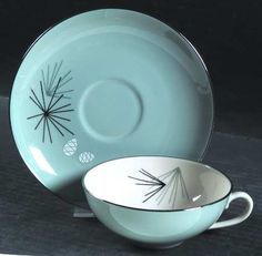 Franciscan Silver Pine - The most gorgeous China I have ever seen. One day, I WILL have this =)